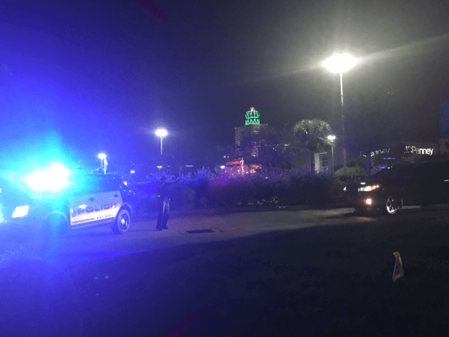 Possible Shooting at Memorial City Mall in Houston. Photo: Twitter/Teresa Duarte
