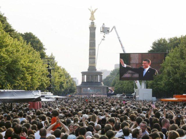 Obama Victory Column (Sebastian Willnow / AFP / Getty)