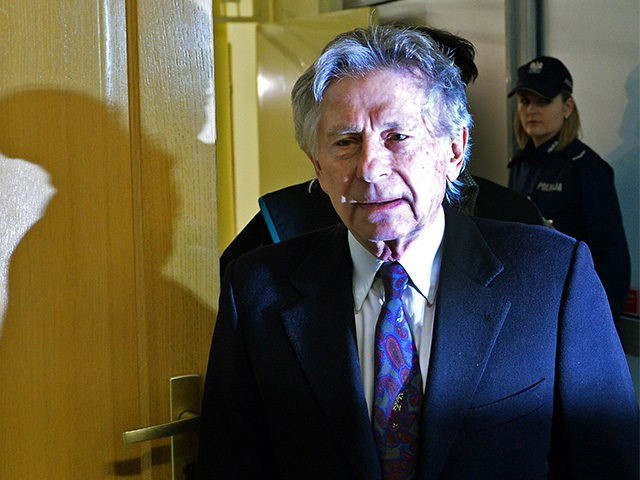 French-Polish film director Roman Polanski arrives for a hearing at the regional court in Krakow on February 25, 2015. The court is to decide whether to extradite the Oscar-winning director to the United States for sentencing on charges that he raped a 13-year-old girl in 1977. AFP PHOTO / JANEK …