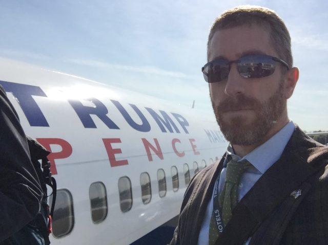 Pollak on camapign plane (Joel Pollak / Facebook)