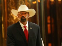 NEW YORK, NY - NOVEMBER 28: Milwaukee County Sheriff David Clarke leaves Trump Tower on November 28, 2016 in New York City. President-elect Donald Trump and his transition team are in the process of filling cabinet and other high level positions for the new administration. (Photo by Spencer Platt/Getty Images)