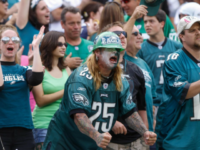 WATCH: Unruly Eagles Fans Throw Bottles and Beer Cans at Vikings Fans