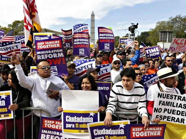 Nine GOP Members Vote for Democrats' DACA Amnesty