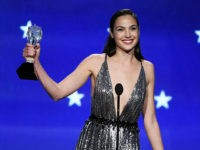 SANTA MONICA, CA - JANUARY 11: Actor Gal Gadot accepts the SeeHer Award onstage during The 23rd Annual Critics' Choice Awards at Barker Hangar on January 11, 2018 in Santa Monica, California. (Photo by Kevin Winter/Getty Images)