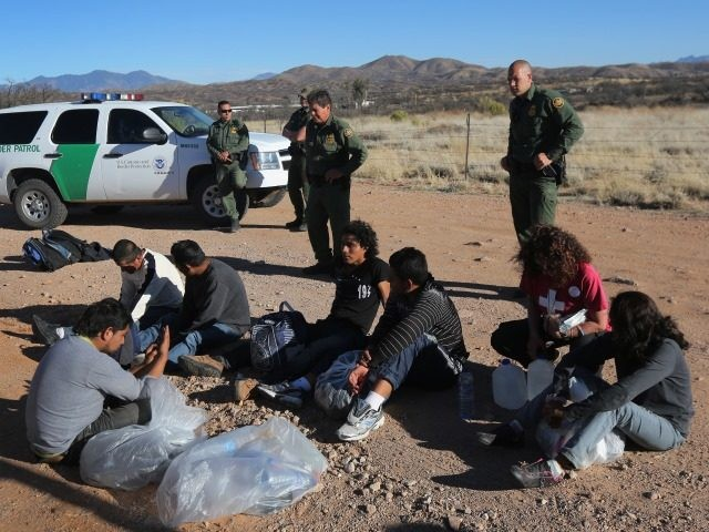Illegal immigrants arrested in southern Arizona.