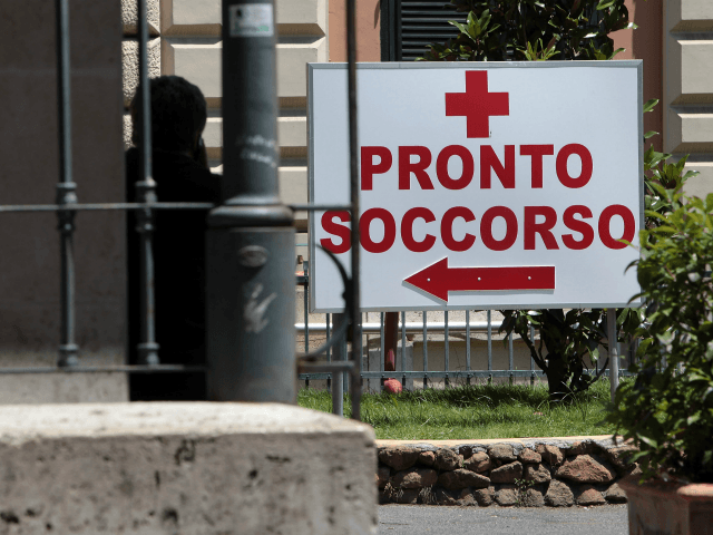 ROME, ITALY - JUNE 20: A sign points towards the Emergency Department at Policlinico Umberto I hospital on June 20, 2013 in Rome, Italy. 'The Sopranos' actor James Gandolfini died of a suspected heart attack on June 19, 2013 aged 51. (Photo by Elisabetta Villa/Getty Images)