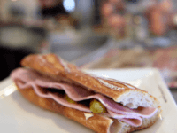 Waiter in Paris No-Go Area Killed Over Sandwich