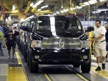 WARREN, MI- SEPTEMBER 12: The all new 2009 Dodge Ram comes off the assembly line at the Warren Truck Assembly Plant September 12, 2008 in Warren, Michigan. Chrysler LLC held an event today at the plant to celebrate the manufacturing launch of the new truck. (Photo by Bill Pugliano/Getty Images)