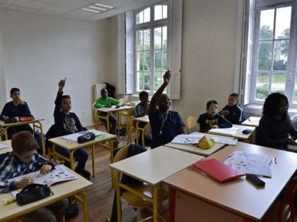 French Leftists Complain Their Children Cannot Succeed in 'Diverse' Paris District Schools