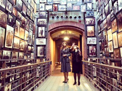 Melania Trump Holocaust Museum Twitter@FLOTUS