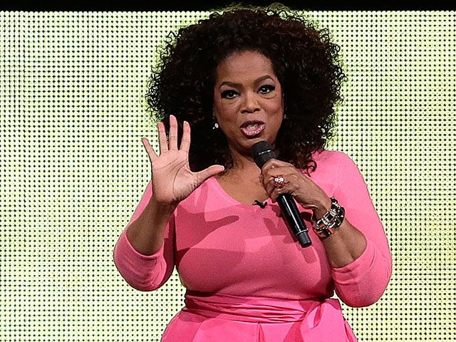 SYDNEY, AUSTRALIA - DECEMBER 12: Oprah Winfrey on stage during her An Evening With Oprah tour on December 12, 2015 in Sydney, Australia. (Photo by Mark Metcalfe/Getty Images)