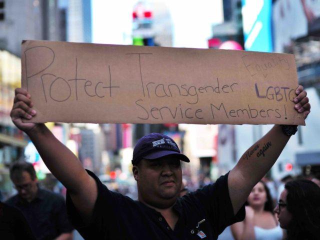 Transgender military (Jewel Samad / AFP / Getty)