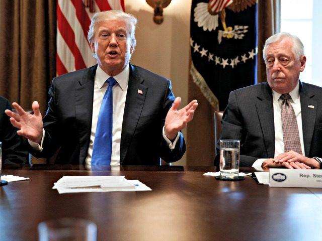 Trump Meeting Border Wall