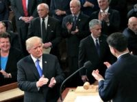 Trump gestures State of the Union (Mark Wilson / Getty)