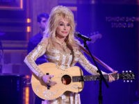 THE TONIGHT SHOW STARRING JIMMY FALLON -- Episode 0518 -- Pictured: Musical guest Dolly Parton performs on August 23, 2016 -- (Photo by: Andrew Lipovsky/NBC/NBCU Photo Bank via Getty Images)