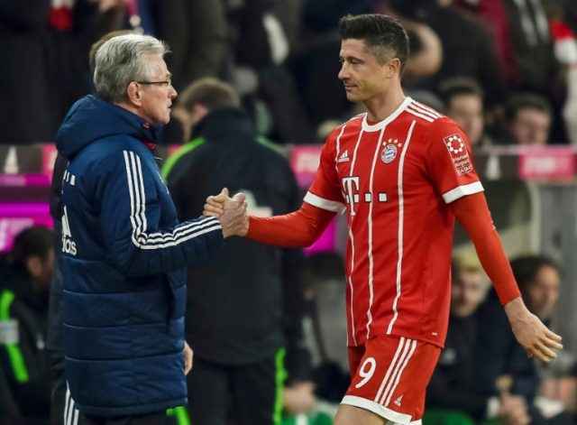 Lewandowski, Mueller star as Bayern go 16 points clear