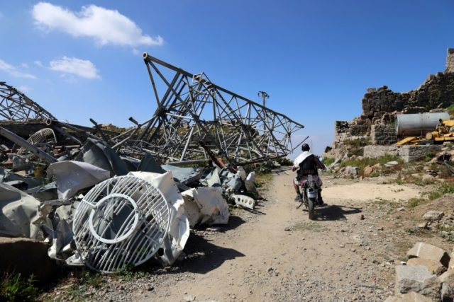 Rebel fire kills 9, including journalist, in Yemen's Taez
