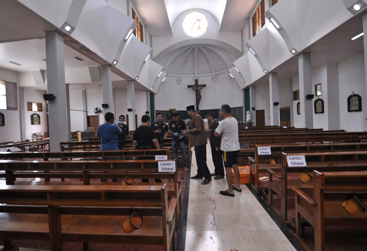 Sword-wielding attacker in Yogyakarta church shot by cops