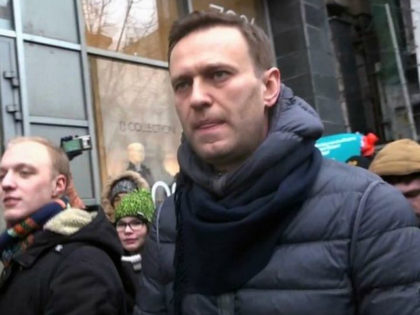 Imprisoned Russian Dissident Navalny Publishes Putin Corruption Report