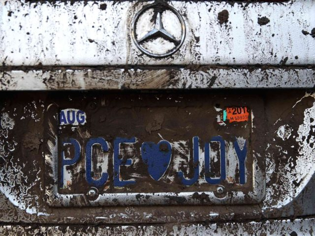 California mudslide license plate (Justin Sullivan / Getty)