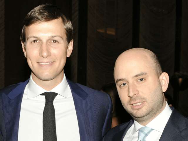osh Raffel, right, with Jared Kushner, represented Mr. Kushner's New York company before working for him in the White House. PHOTO: PAUL BRUINOOGE/PATRICK MCMULLAN/GETTY IMAGES