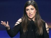 'Big Bang Theory' Star Mayim Bialik: 'Make It Your Life's Goal' to Vote Out NRA-Backed Congressmen