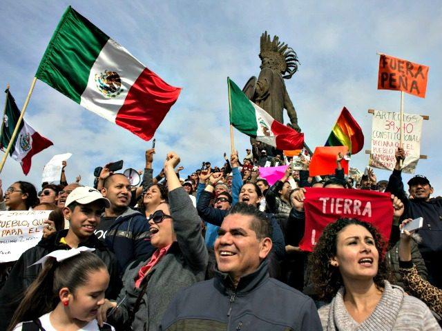 Mexicans Crossing Border