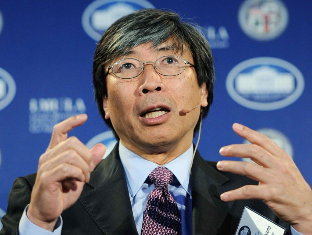 Billionaire Patrick Soon-Shiong Takes over L.A. Times, Declares War on 'Fake News'