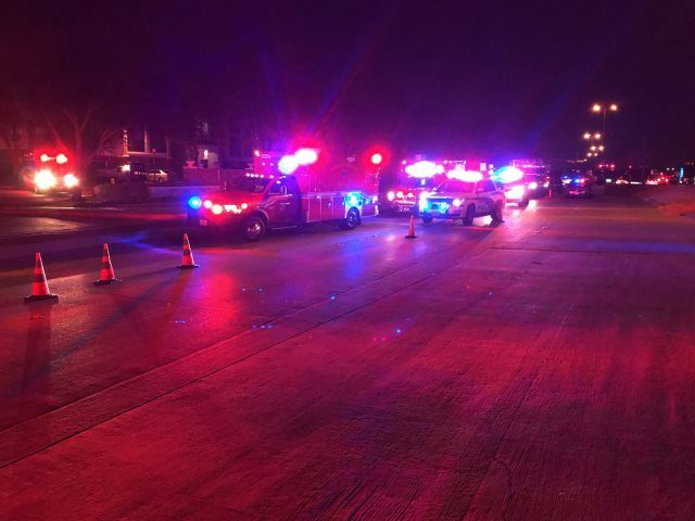Texas police officer shot, killed; suspect barricaded in apartment complex