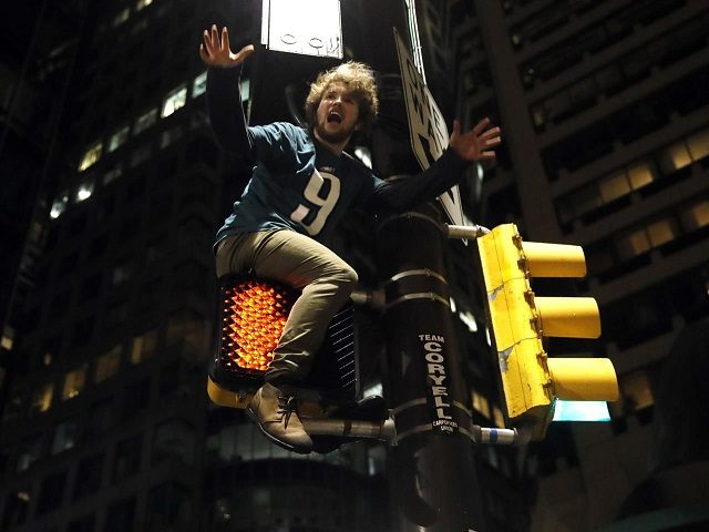 Foles to celebrate Super Bowl win at Disney World