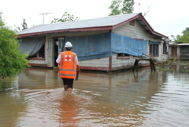 Flooding in the Samoan capital Apia after after Cyclone Gita wreaked havoc: neighbouring Tonga is next in line