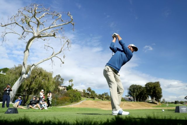 Johnson still reigns in return to Riviera
