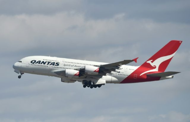 Qantas outlines pilot academy plans as profit soars