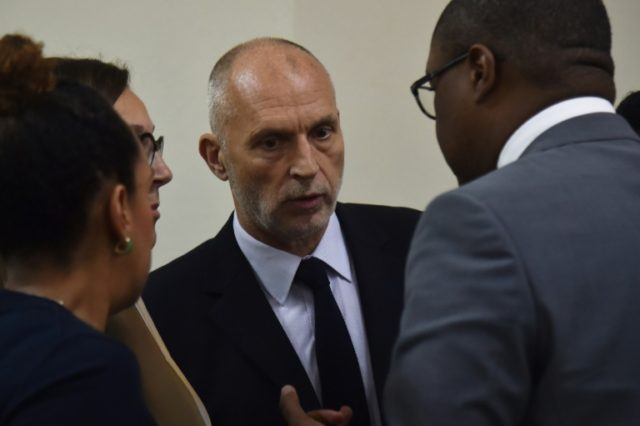 Oxfam GB's regional director for Latin America and the Caribbean, Simon Ticehurst, met with Haiti's Minister of Planning and External Cooperation Aviol Fleurant in Port-au-Prince
