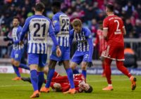 Agony: Robert Lewandowski feels the pain as Bayern Munich are held 0-0 by Hertha Berlin