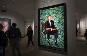 Non-traditional Obama portraits draw mixed reactions