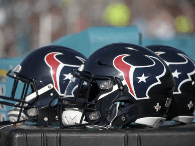 Texans Deny Report Saying They Won't Sign Players Who Protested the Anthem