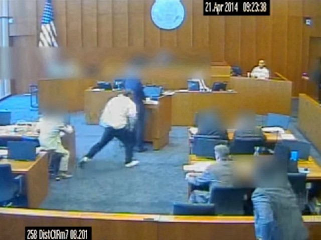 WATCH: Marshal Fatally Shoots Crips Gang Member Attacking Court Witness | Breitbart