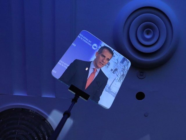 Garcetti teleprompter (Chip Somodevilla / Getty)
