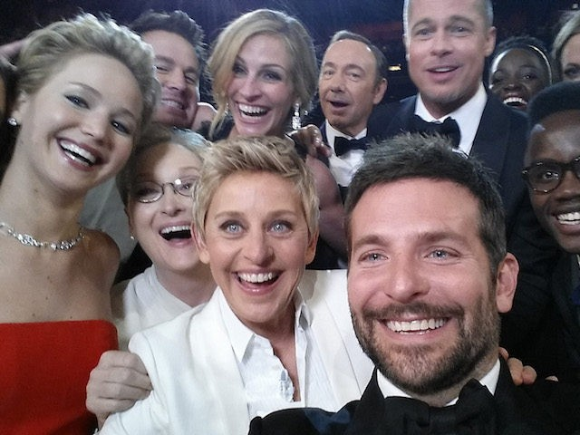Oscars Celebrities Push Gun Control Surrounded by a Wall of 500 Armed Officersby Jerome Hudson4 Mar 201804 Mar 20184 Mar 2018