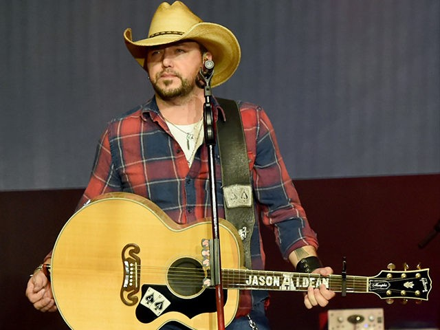 Day 1: Monday, Feb. 5 - The Amazon Music & CRS Monday Night Showcase Featuring Jason Aldean & Radio PD Ink Awards NASHVILLE, TN - FEBRUARY 05: Jason Aldean performs onstage for The Amazon Music & CRS 2018 day 1 monday night showcase featuring Radio PD Ink Awards on February …