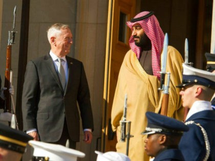 Defense Secretary Jim Mattis welcomes Saudi Crown Prince Mohammed bin Salman to the Pentagon with an Honor Cordon, in Washington, Thursday, March 22, 2018. (AP Photo/Cliff Owen)