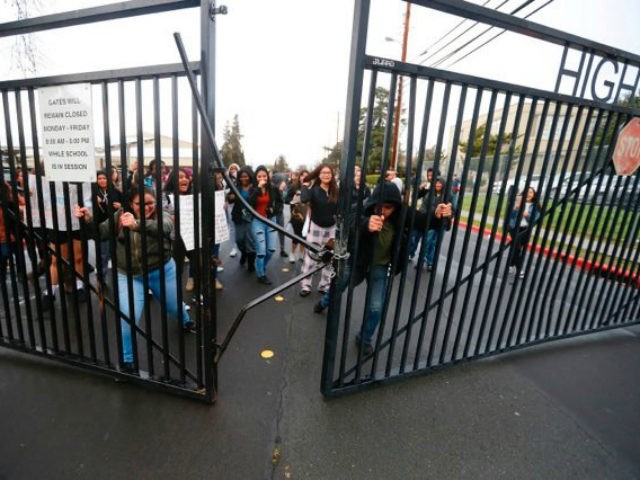 Women's March Youth – sponsored by the Women's March, an anti-Trump organization with ties to radical anti-Semites such as Louis Farrakhan – tweeted its praise for students who broke through a locked gate at Mt. Diablo High School in Concord, California, to participate in the student walkout Wednesday.