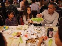 Passover Seder (Joe Raedle / Getty)