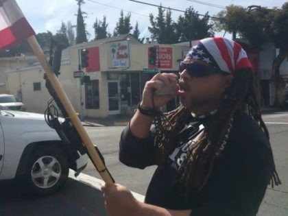 Pro-Trump protester at Oakland Cafe (AshtonBirdie / YouTube / Screenshot)
