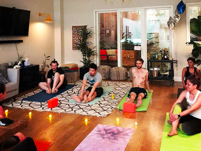 Starcity yoga (Starcity / Facebook)