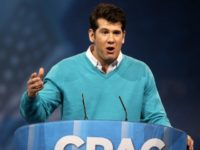 Conservative broadcaster Steven Crowder