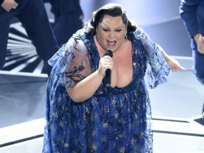 "Keala Settle performs ""This Is Me"" from ""The Greatest Showman"" at the Oscars on Sunday, March 4, 2018, at the Dolby Theatre in Los Angeles. (Photo by Chris Pizzello/Invision/AP)"