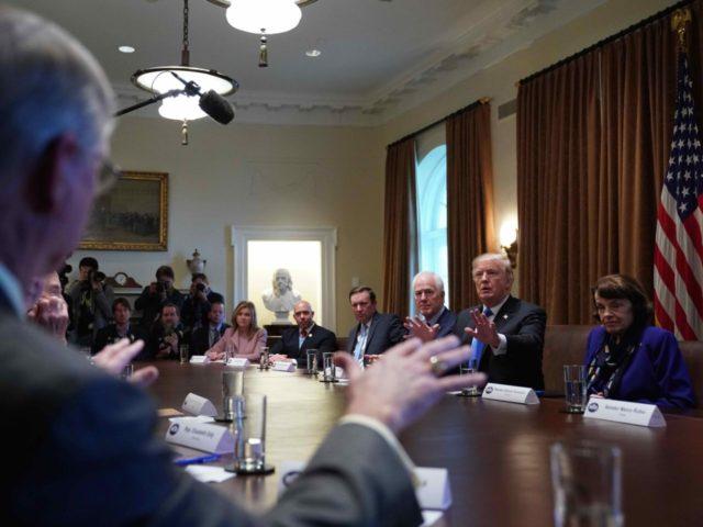 Trump Gun Meeting White House (Mandel Ngan / AFP / Getty)