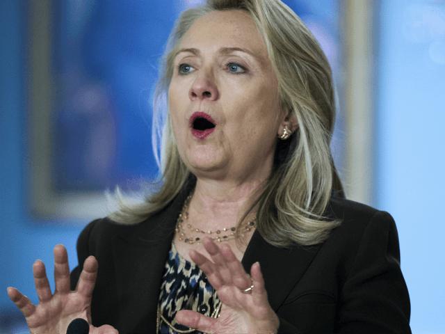 Hillary Clinton Warns About Trump 'Trade War;\' Defends NAFTA and TPP